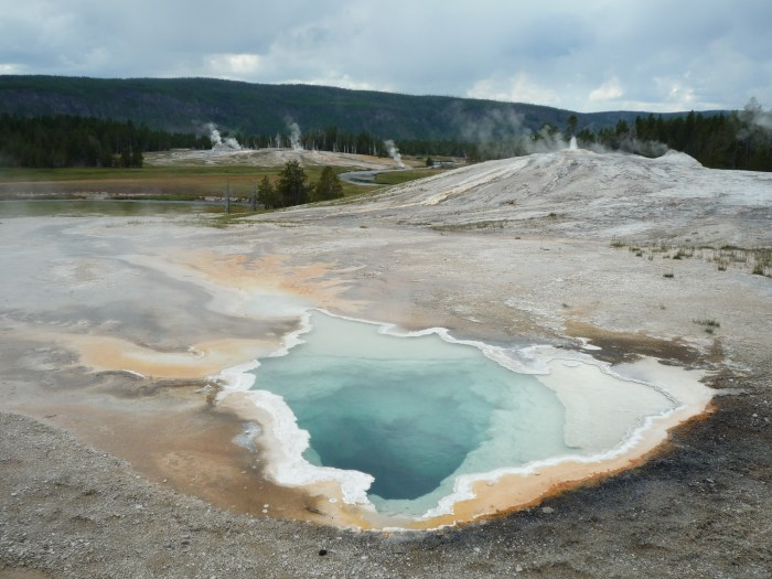 Ouest américain Yellowstone National Park Upper Geyser Basin
