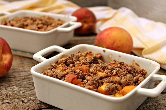Vegan Peach Crumble 2
