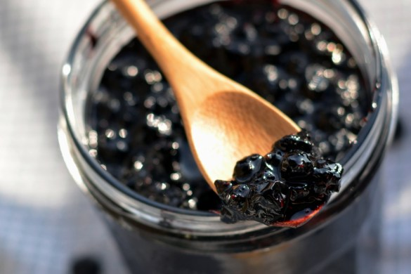 Blueberry Jam with Pinot Noir