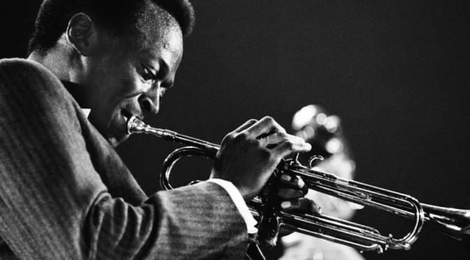 Miles Davis : マイルス・デイヴィス