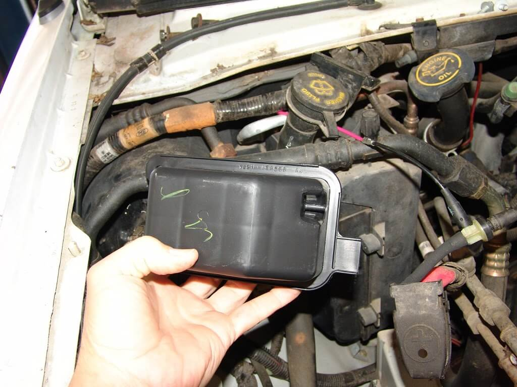 e350 ford van battery location  e350  get free image about