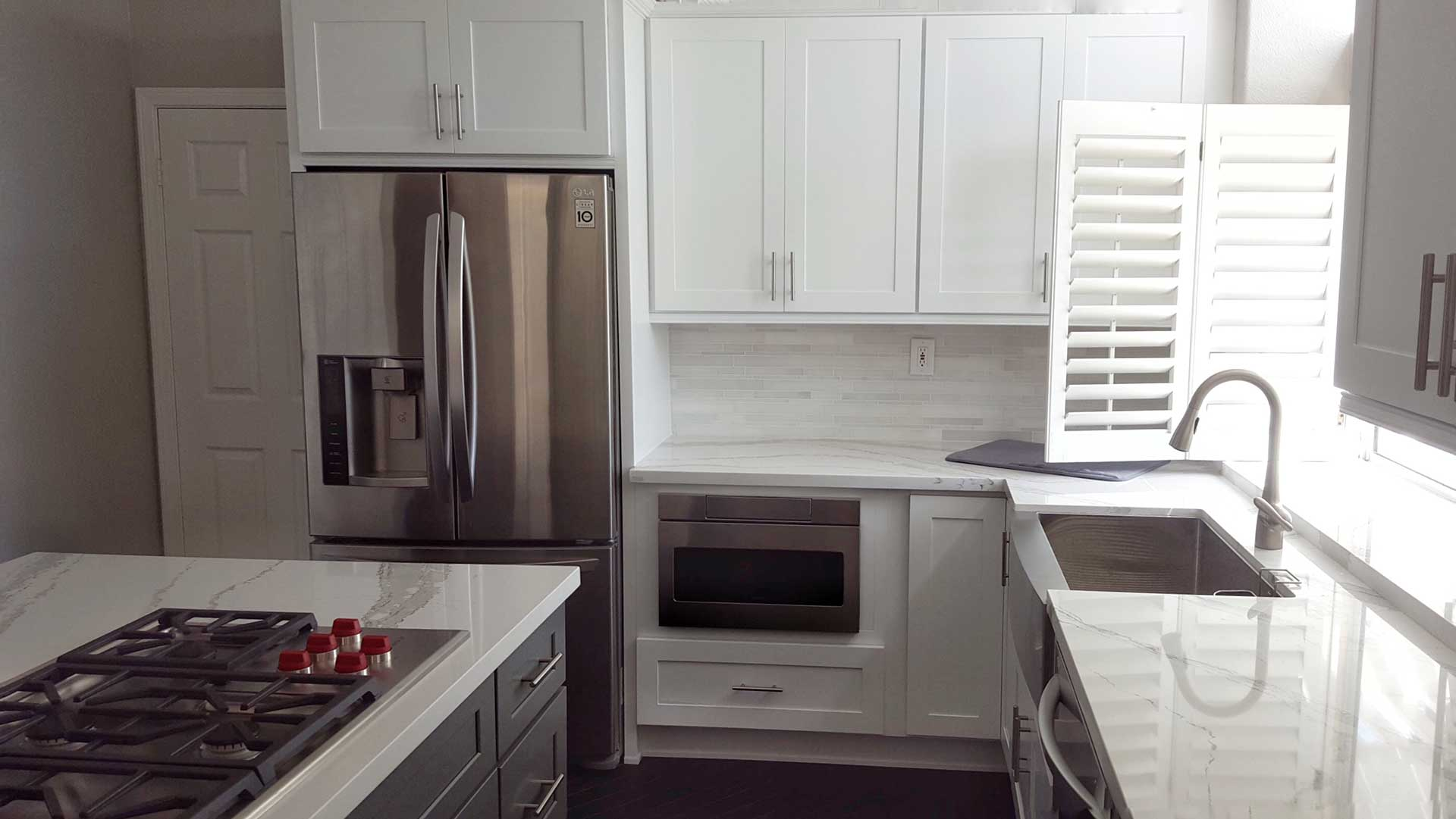 Fetching Shaker Kitchen Cabinets From Cabinet Wholesalers Shaker Kitchen Cabinets Cost Shaker Kitchen Island Grey houzz-03 White Shaker Kitchen