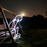 11 Beautiful Examples of Light Graffiti