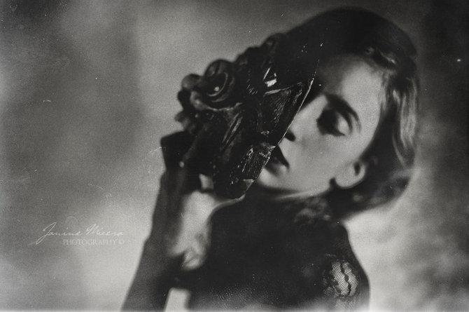 Black and White Photos… Photographer Janine Mizéra