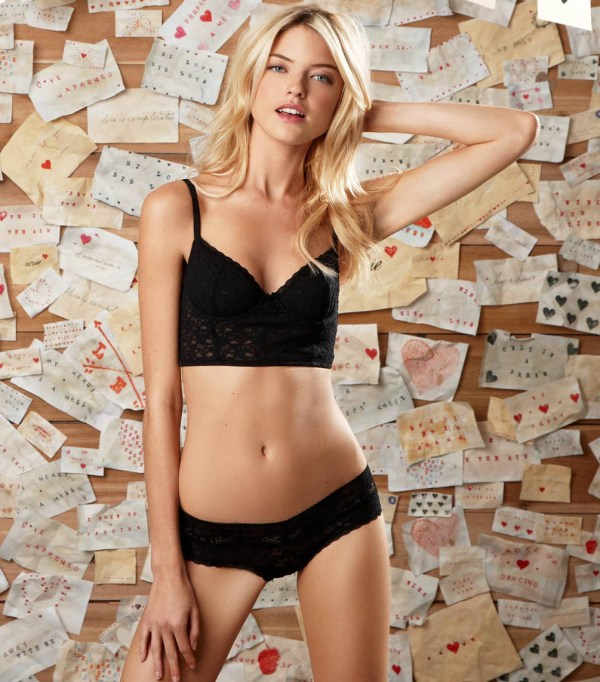 martha_hunt_lingerie_amazing_4