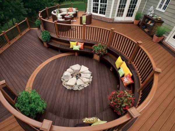 Unique Deck Design Idea
