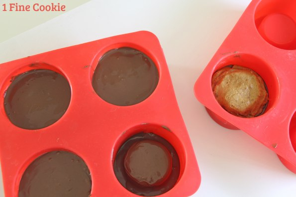peanut butter cup bowl molds, chocolate, peanut butter, cup, reese's, bowls, spoons, homemade, recipe, video, filling, sundae, ice cream, dessert, idea, father' day, pb, cup, tutorial, diy, food hack, unique, mold, spoon mold, silicone, how to, youtube,