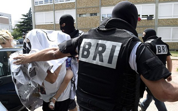 1-france_attack_suspect
