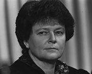 180px-Gro_Harlem_Brundtland_-_World_Economic_Forum_Annual_Meeting_1989
