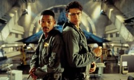 'Independence Day 2', 20 vite pas origjinalit