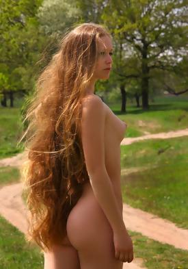 nude hiking tumblr