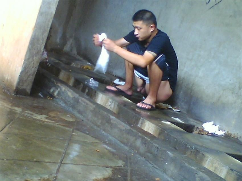 tumblr nude men squatting