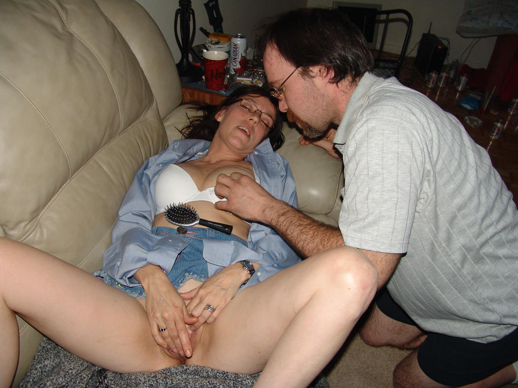He jerks that clit she pinches those nipples 4