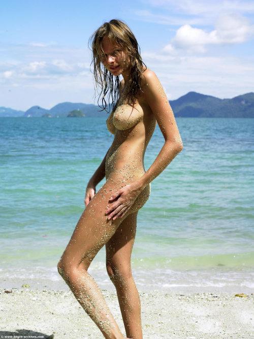 tumblr nude bikini girls