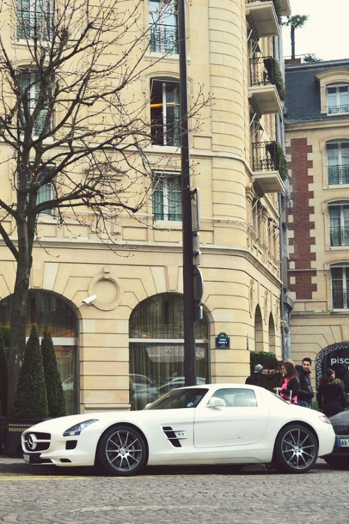 tumblr mlxrgokdXH1qkegsbo1 500 Random Inspiration 81 | Architecture, Cars, Girls, Style & Gear
