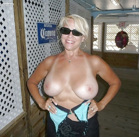 topless wife others
