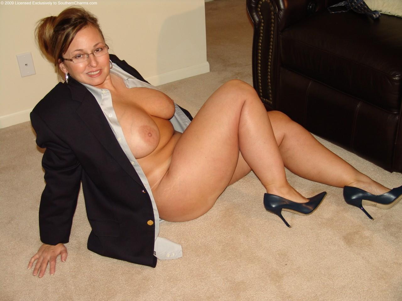Фото зрелые женщины в теле, Голые зрелые женщины: порно фото со зрелыми 5 фотография