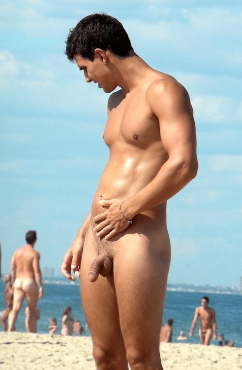 naked marine men
