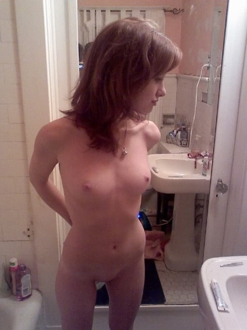 nude wife tits