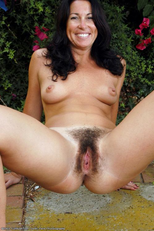 full frontal nudist