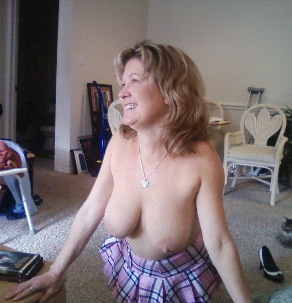 women titty flashing naked