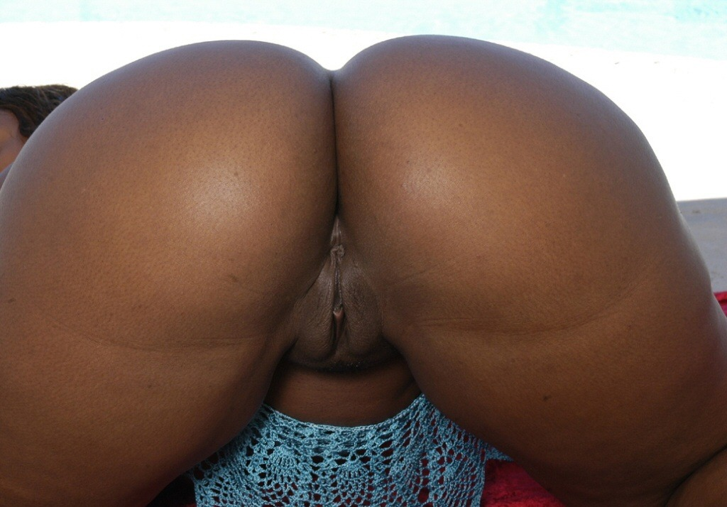 ebony booty contest
