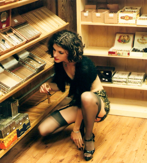 Wife Dressed Provocative Tumblr - Ig2FAP