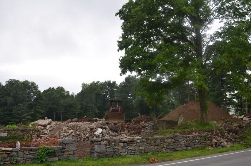 House 2 Gone