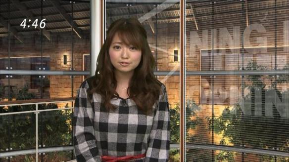 お天気キャスター福岡良子さんの生放送パンチラ事故 2chを沸かせた今年最高のハプニングショットをご覧ください(GIF動画)