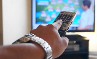 テレビがつまらなくなった理由あげてけ…テレビ局員「テレビがつまらないのは、視聴者からすぐに苦情が来るから」