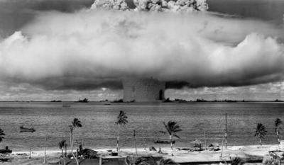 北朝鮮 水爆の所有を公式に発表 人類滅亡フラグ立ったった((゚Д゚;))ガタガタ ※ロシア水爆実験動画アリ※