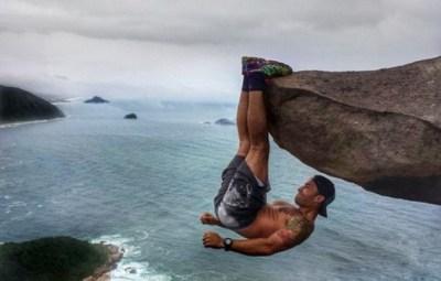 断崖絶壁で危険なトレーニングをする命知らずな男性が話題に(画像) / ブラジル