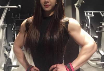韓国のマッチョすぎる美少女が話題に<画像>顔とボディーのギャップに萌え~(・´∀`・)ハァハァ