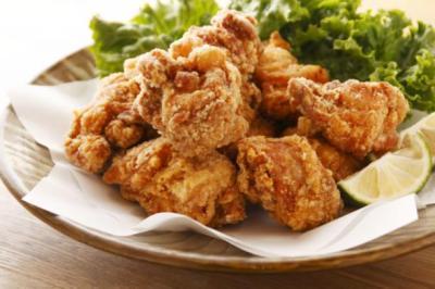 都市伝説が現実に 大繁盛の病み付きになってしまう鶏から揚げの成分…中国