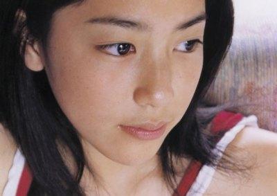 成海璃子ちゃん12歳時のグラビア水着画像ほか