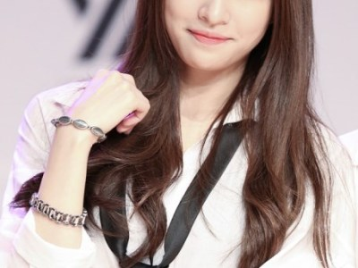 韓国男子が彼女にしたい整形してない天然美少女アイドル1位がこの娘<EXIDハニ>セクシーダンス動画ほか