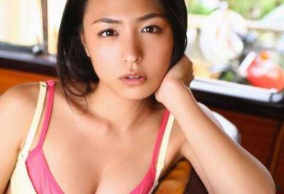 30歳の色気 川村ゆきえ30代初のグラビアDVDショット<画像>グラドル界のレジェンドっすな(`・ω・´)