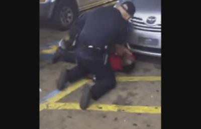 アメリカ白人警官が黒人男性を押さえつけ射殺する問題のシーン<音声付GIF閲覧注意>オバマ大統領が怒りをあらわに