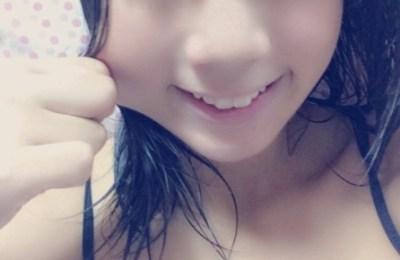 ド迫力Gカップ現役女子高生のグラビアアイドル<岡田めぐ>ソフマップに登場!