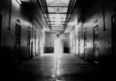 まさか刑務所より酷い部屋で生活してる奴なんていないよな?旭川刑務所の内部画像