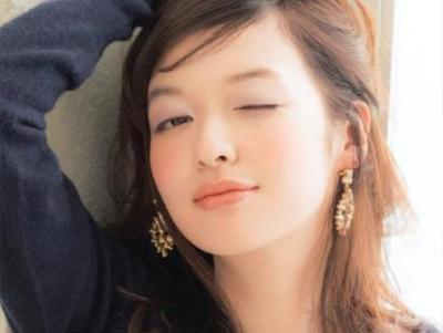 女性がなりたい顔No1人気絶頂モデル森絵梨佳ちゃん過去の水着姿<画像>顔ばっかだけどケツがいい!