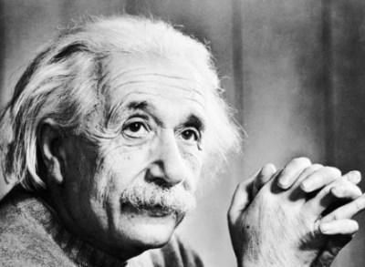 アインシュタイン最後の言葉と有名な舌出し写真