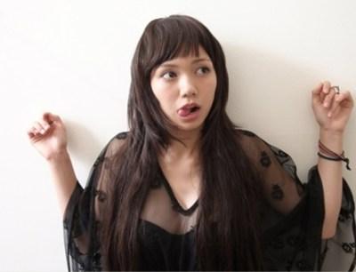【画像】メス臭を全開放した二階堂ふみのバニーガール姿がぐうたまらんwwwww
