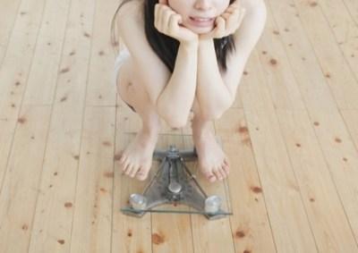 体重29kg 衝撃の新人ロリ系AV女優さんをご覧ください →画像