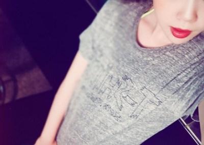 【痴女】とんでもない服装で街をうろつく着エロアイドルが話題 →動画像