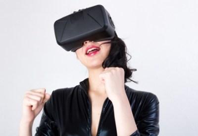 【画像】飛び出るイケメン!女性向け一人エッチ用VRがこれだwwwww