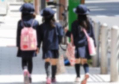 女子小学生を校内で犯しまくっていたキチガイ教師の犯行の1部 ⇒