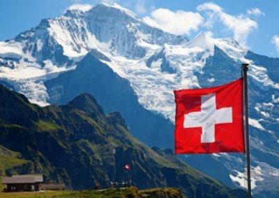 【画像】スイスのAVに出てる子たち全員モデル級のルックスでワロタwwwwww