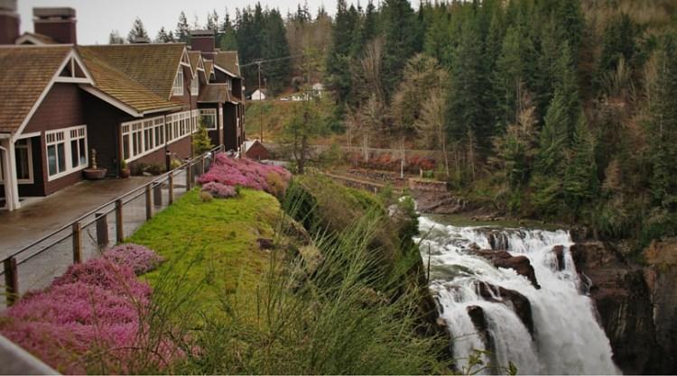 Salish Lodge Above Snoqualmie Falls Washington 2traveldads.com