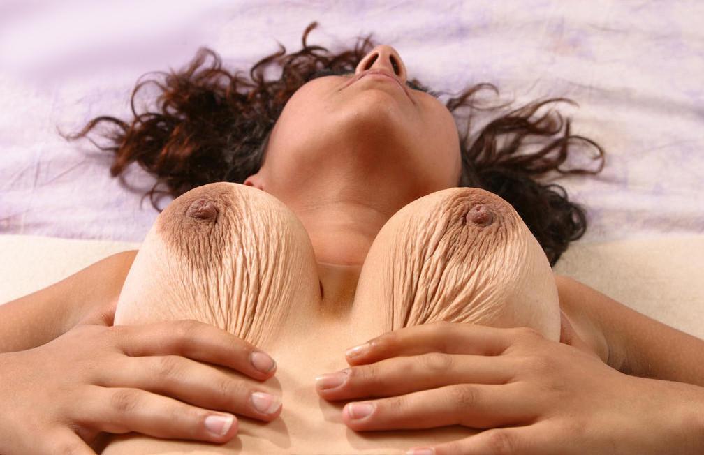 little mature saggy tits